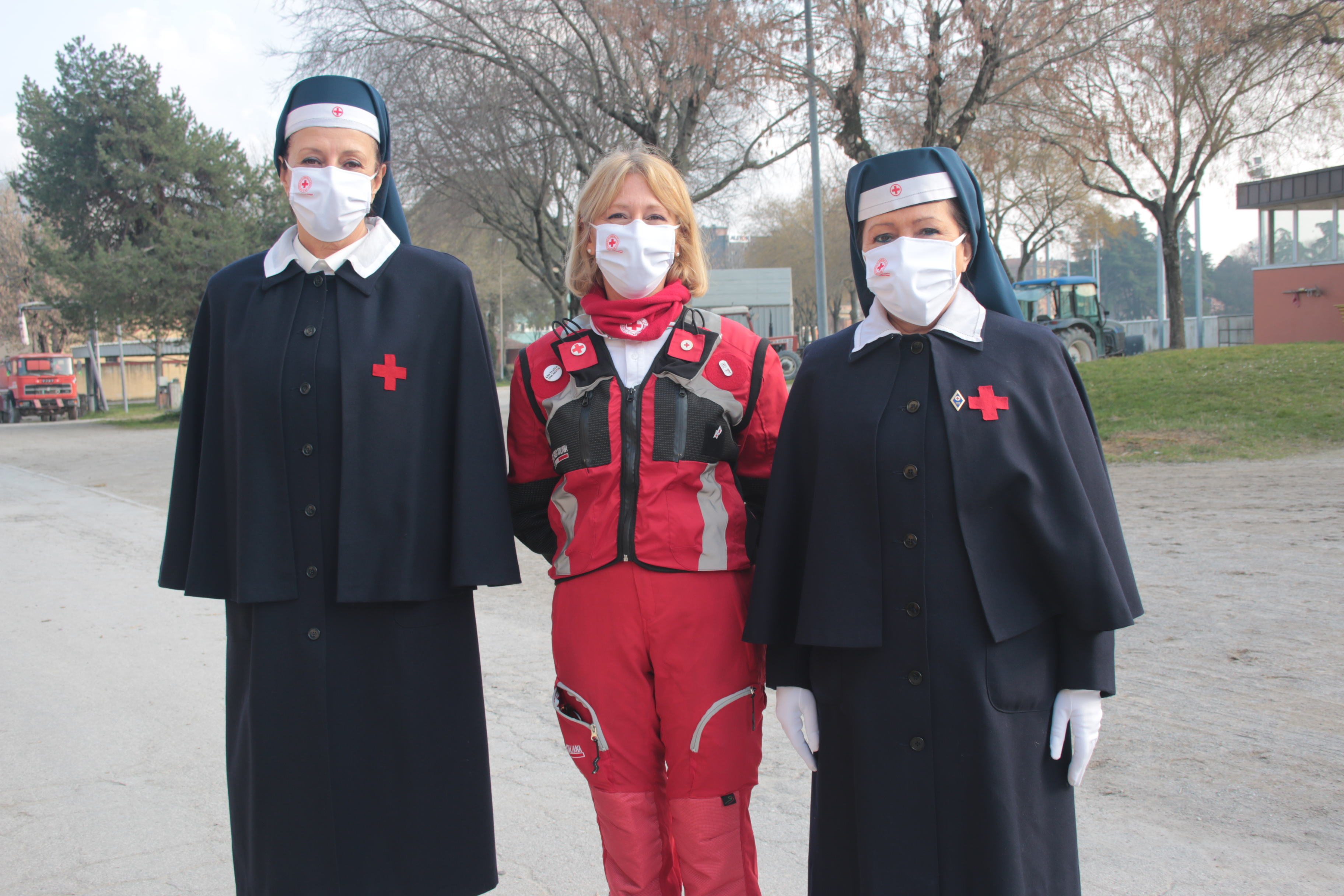 Elena Tragni responsabile della formazione insieme allo Staff della Croce Rossa Italiana